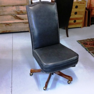 Hobart Leather Desk Chair PAD9701